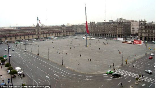 当前的广场。为了建造摩地大楼,广场将从根本上进行改造