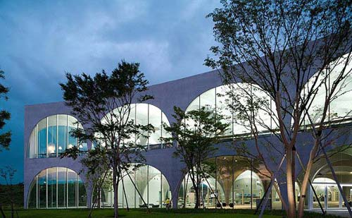 东京Tama艺术大学的图书馆-图片2