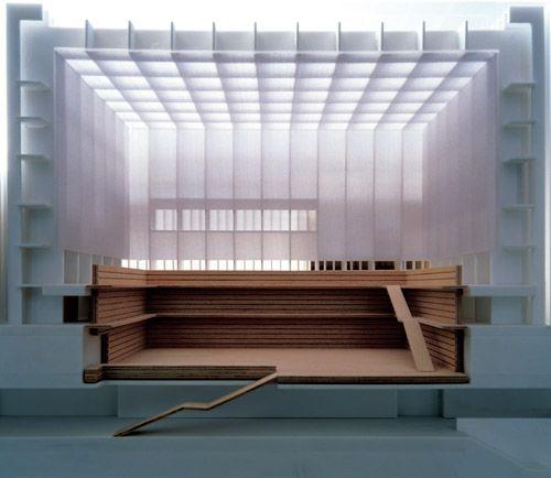 还读者一个光的穹苍:汉斯・君特・梅尔茨改造柏林国立图书馆