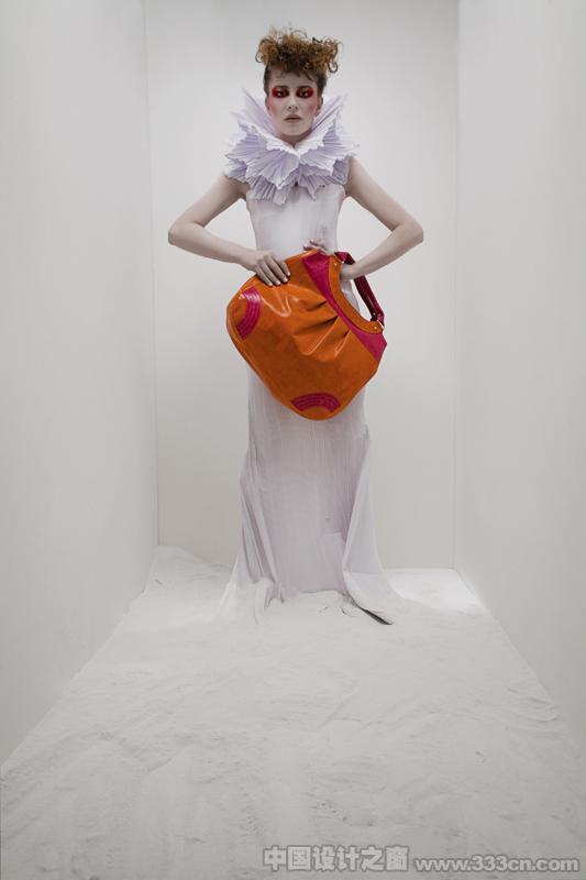 时尚冷艳的手提袋设计