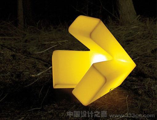 Trilight 多功能灯 半透明塑料 Dave・Keune 灯具