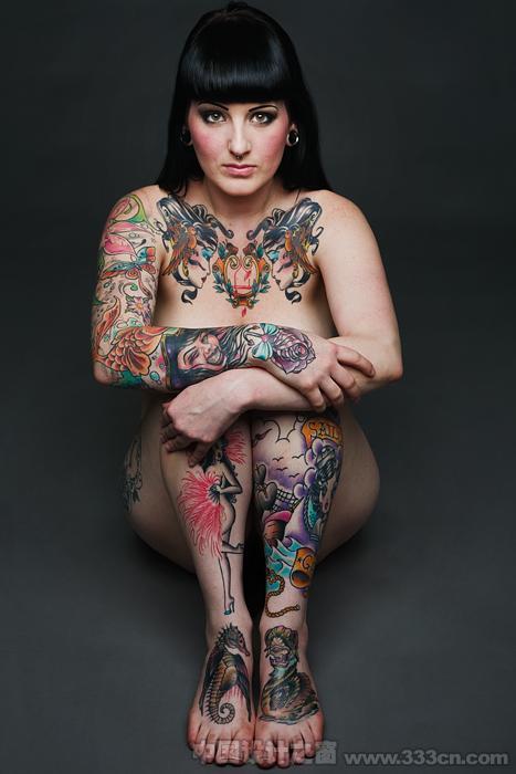 性感美丽的纹身摄影