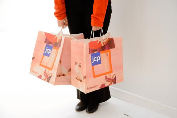 jcp 2012 bags 02 星条旗装:美国零售巨头彭尼公司再度换标