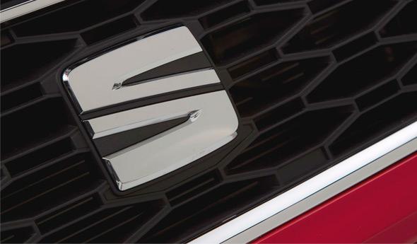 西亚特(Seat Leon)全新车标亮相