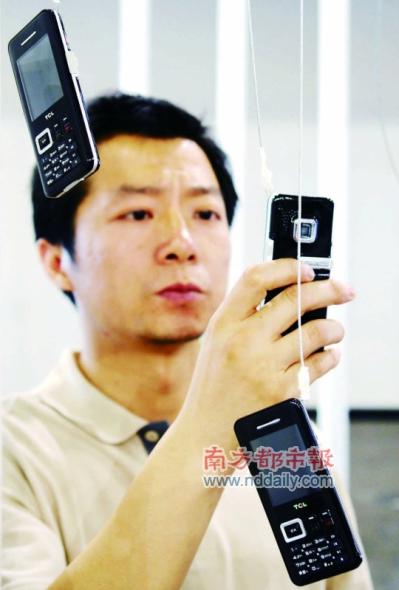 """当下的深圳设计师依然处于生产商的""""附庸""""地位。"""