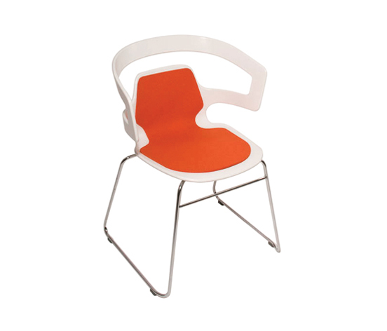 The fitting seat cushion for the 'Segesta' chair by Alfredo Häberli