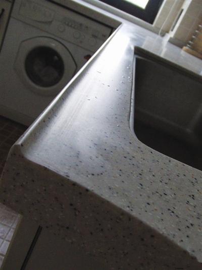 小面积橱柜,v面积简易?风格厨房海报设计图片